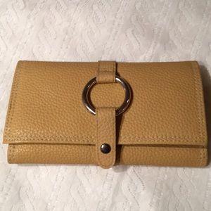 Handbags - Like New Jewelry Travel Clutch